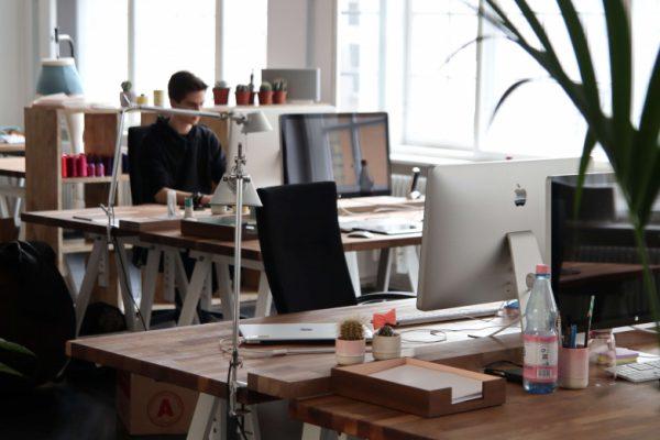 Kleine  5 Tips voor een ergonomisch kantoor!  ergonomie archives inofec blog kantoormeubelen en schoolmeubilair  - pobiusa.com
